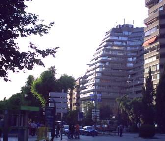 Edificio Pirámide.
